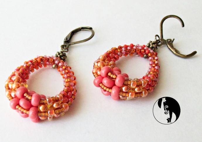 Obovato Earrings Pattern by DatzKatz Designs