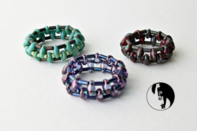 Dot-Dash Ring Pattern by DatzKatz Designs