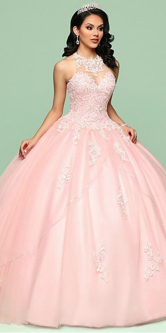Fashionable Tulle Jewel Neckline Ball Gown Quinceanera Dress With Beaded Lace