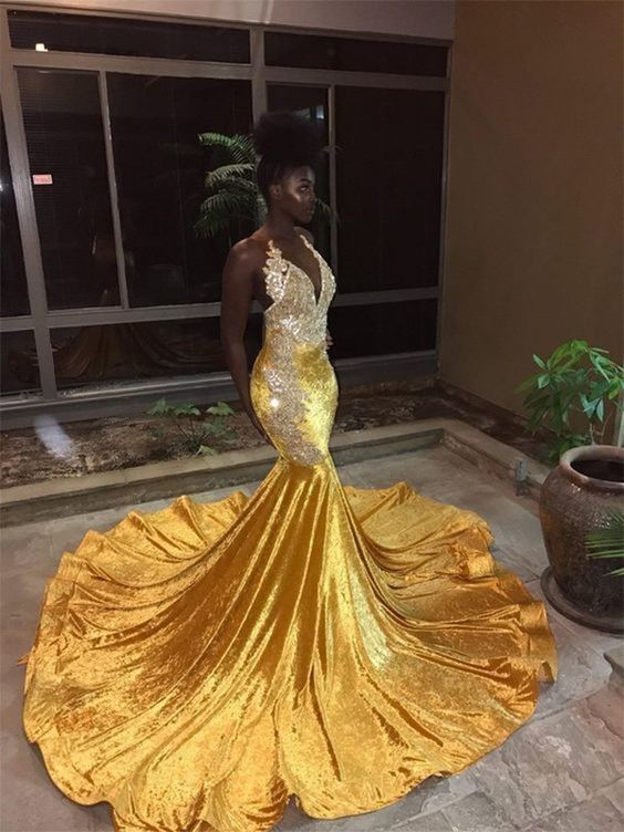 Mermaid V-neck Sleeveless Sequins Dresses Court Train Trumpet Dresses