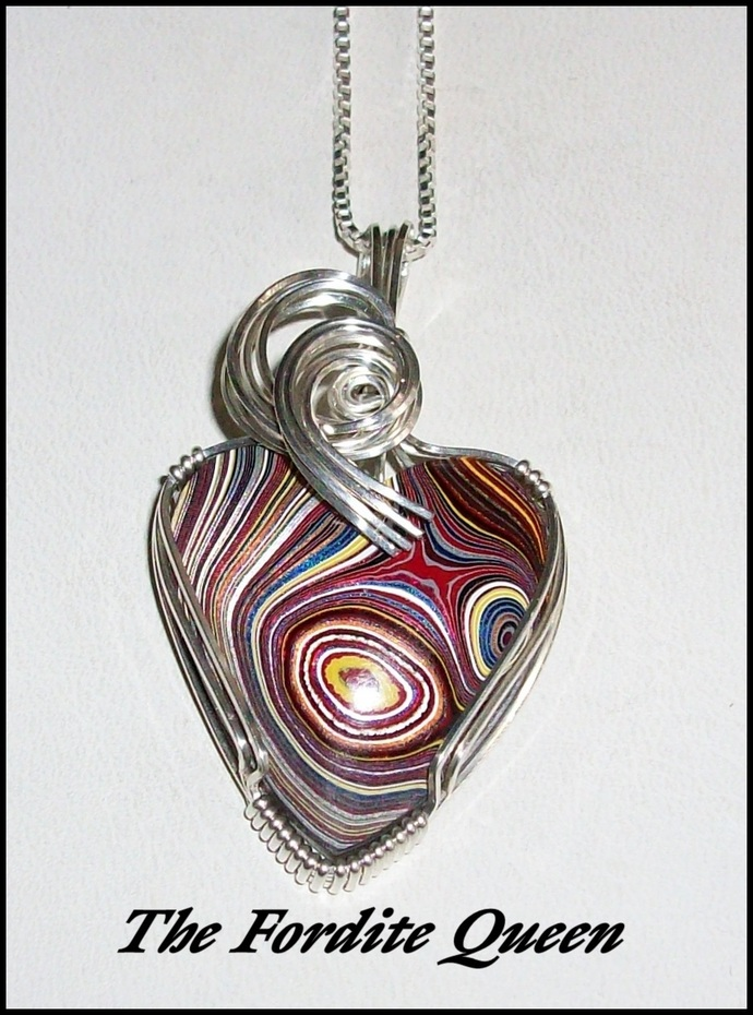 Corvette Fordite Heart Pendant in Sterling Silver Wire With Chain