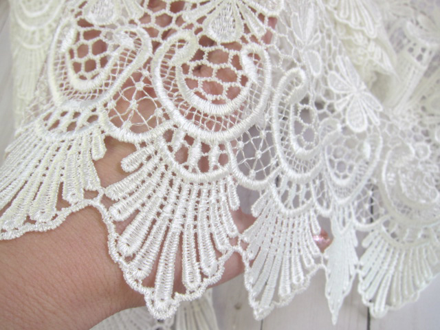 "Venice Lace Embroidered Applique Flower Wide trim - 6"" White"