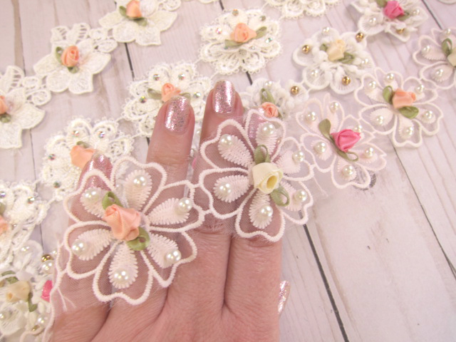 "5pcs Shabby Chic Embroidered Beaded Flower Appliques - 2"", 2.5"", 1.7/8"" Pink,"