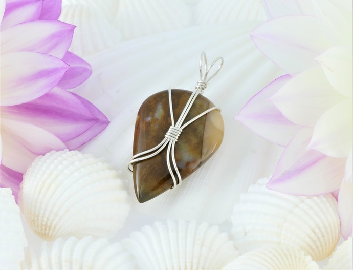 Sterling Silver Wire Wrapped Pendant (P127)