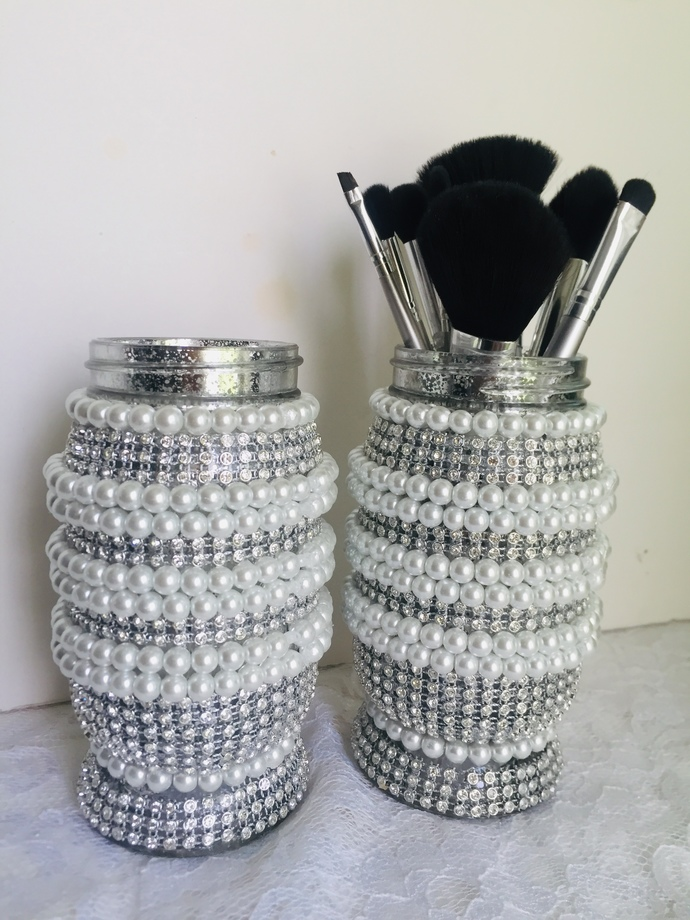Dazzling Make Up Brush Jars