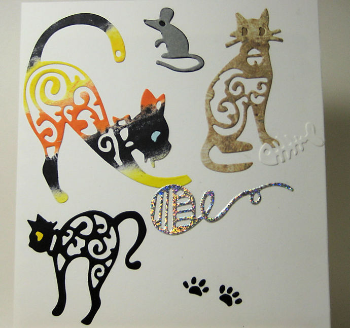 7pc Cat Set with Mouse, Yarn, Fish Bone, Paws