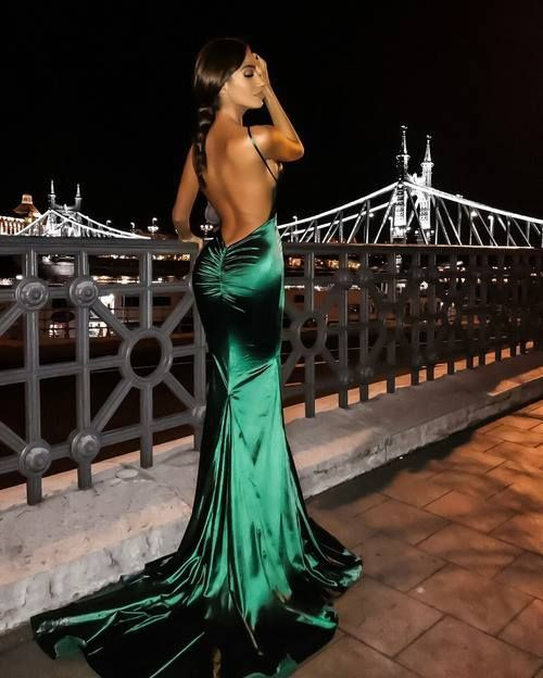 V Neck Backless Emerald Green Prom Dress,Prom Dresses,Evening Gown,Floor Length