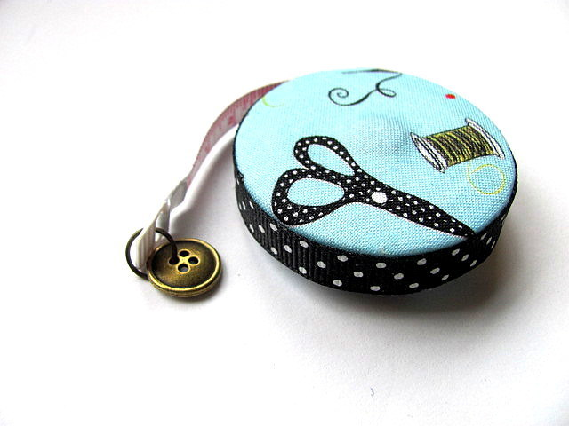Measuring Tape Dotted Sewing Machines and Supplies RetractableTape Measure