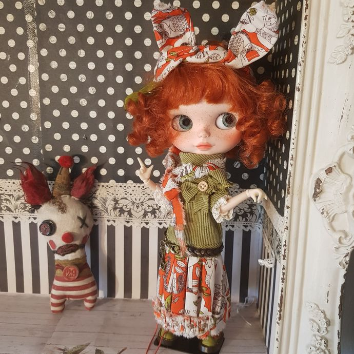HANDMADE OOAK OUTFIT for blythe: Lovely Bunny green apple/orange colors