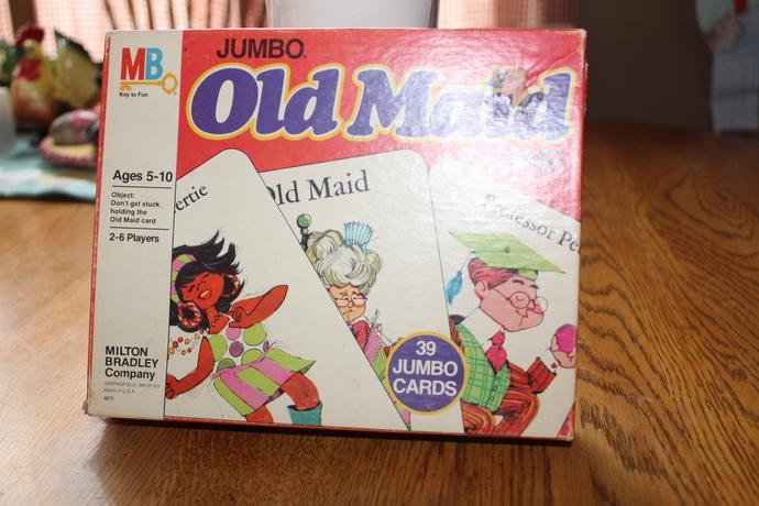 Vintage 1978 Milton Bradley JUMBO OLD MAID Game