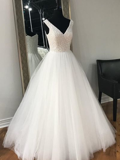 Glamorous Ball Gown, V-Neck party dress.sexy ball gowns,new fashion