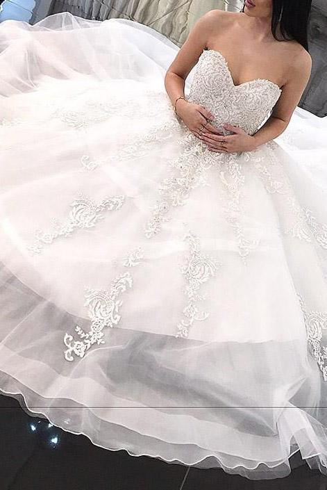 Pretty Sweetheart neck Appliques Tulle A Line Wedding Dress, Formal Bridal Gowns