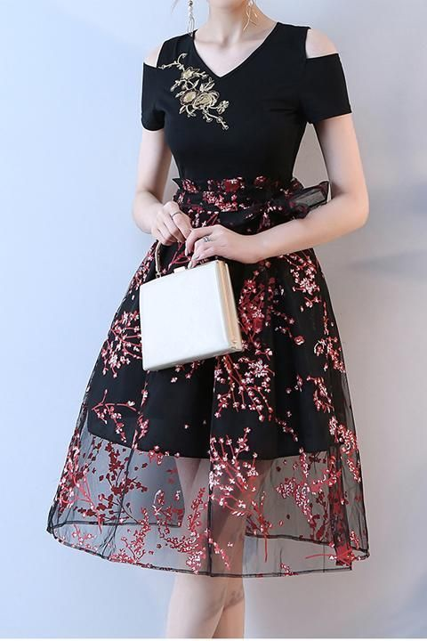 New Arrival V Neck Black Short Sleeves Prom Homecoming Dress Party Dresses
