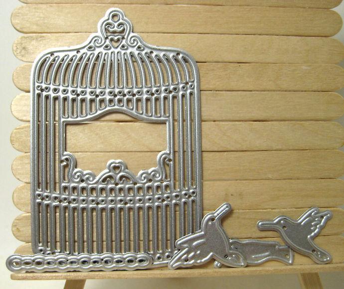 Hanging Birdcage, Chain and 3 Birds Cutting Die Set