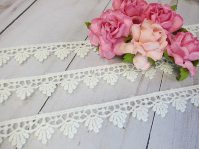 Cotton Embroidered Patchwork Applique Lace Edge Trim - 5/8 inch Off White