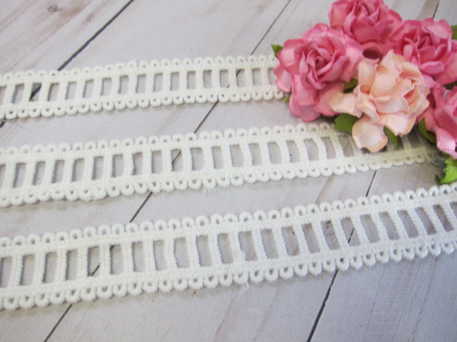 Lace Embroidered Treading Edge Trim - 7/8 inch Off White