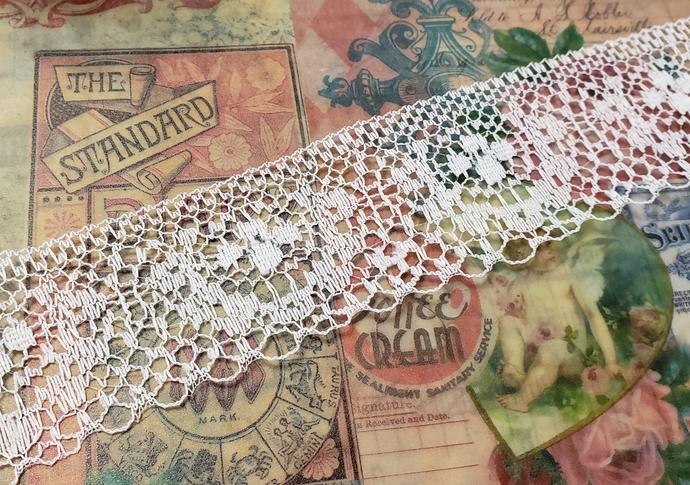 Flat white lace trim 1 yd
