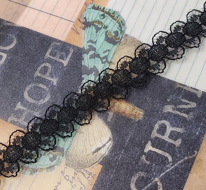 Black lace trim 1 yd