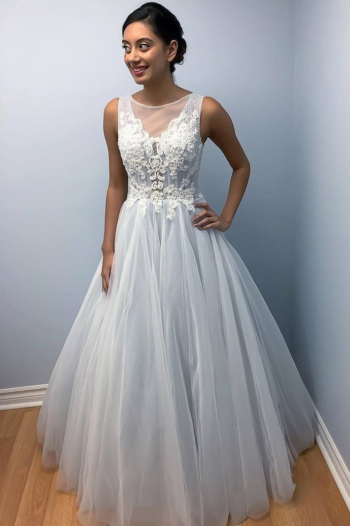 Elegant Tulle Appliques Formal Wedding Dress Bridal Gown