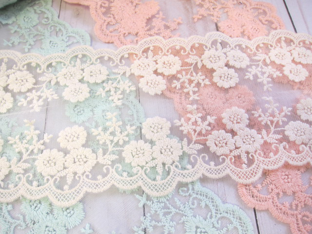 Lace, Embroidered Lace, Flower Lace, Wide, Tulle Fabric, Shabby Chic  -  5-inch