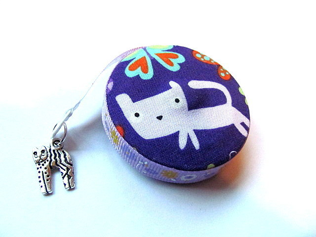 Tape Measure Cats Hearts and Flowers on Purple  Retractable Tape Measure