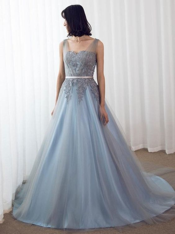 Chic Tulle Sweetheart Neckline Sweep Train A-line Prom Dress