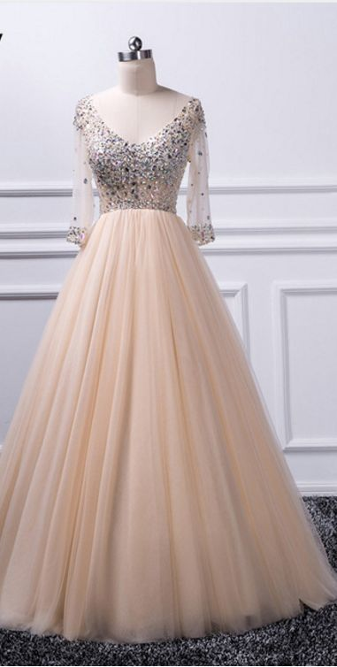Charming A-line V-neck beaded top Tulle Prom Dress
