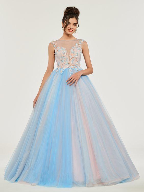 Luxury Flowers Lace Up Wedding Dress,Wedding Dresses Appliques Beading ,Button