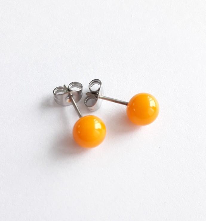 Earstuds in Orange, lampwork glass on surgical steel