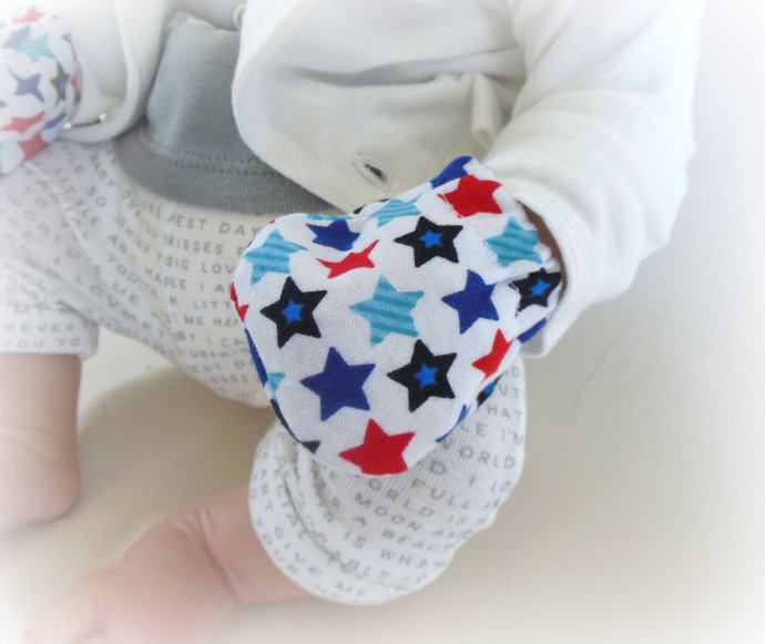 Infant Scratch Mittens, Baby Mittens, No Scratch Mittens in Red White Blue Stars