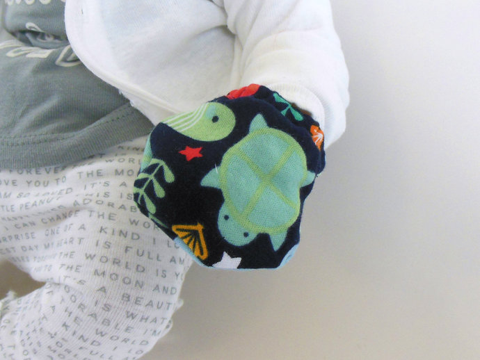 Infant Scratch Mittens, Baby Mittens, No Scratch Mittens in Ocean Animals