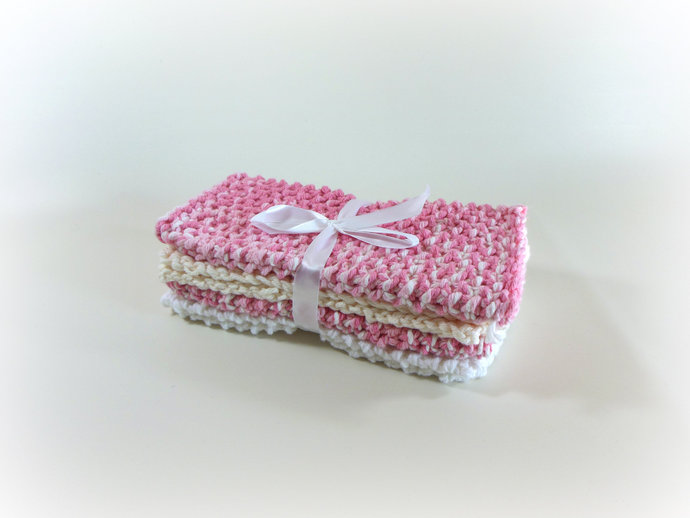 Double Knit Set of 4 Washcloths in Shades of Pink