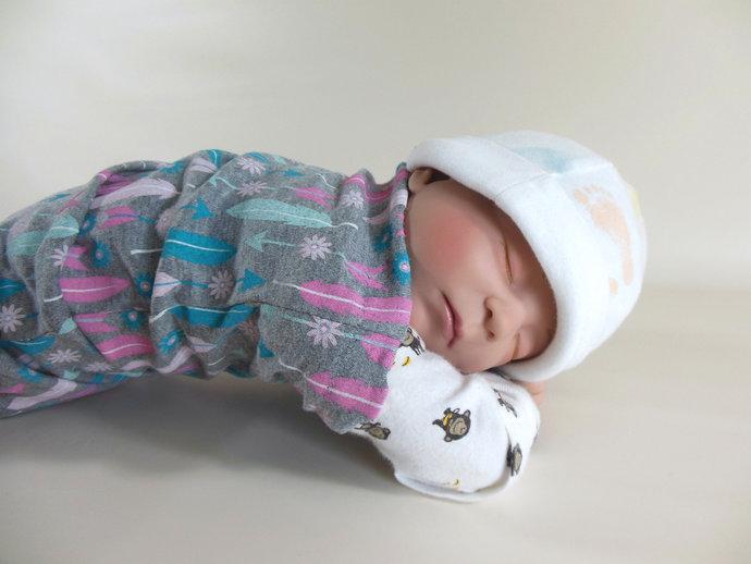 Swaddle Sack, Sleep Sack, Cocoon, Blanket in Feather Print