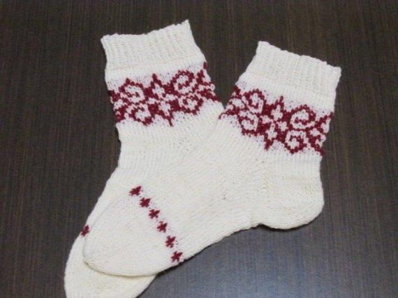 Hand knit socks, white socks, women's knitting socks, wool socks, women knit
