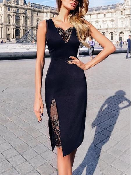 Black Lace Knee Length V-Neck Short Homecoming Dresses RE00253