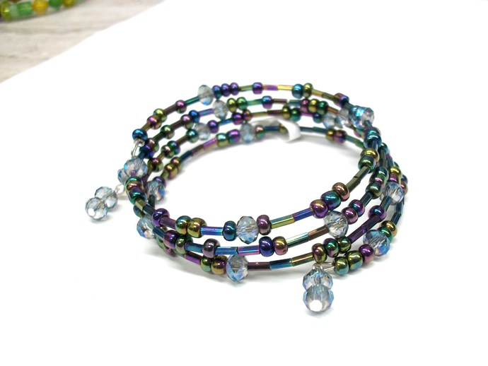 Sparkly Blue and purple memory wire bracelet, wrap bracelet with 4 wraps. Made