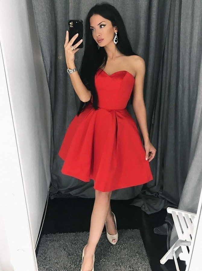 A-Line Sweetheart Above-Knee Red Satin Homecoming Dress with Pleats H-016