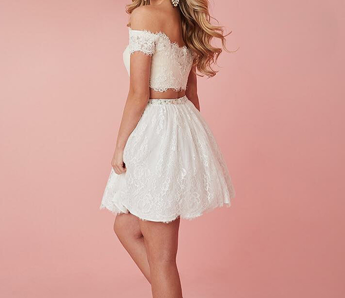 Off the Shoulder Lace Two Piece Homecoming Dresses, Short Prom Gowns H-372