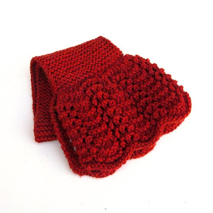 Lacy Keyhole Scarf, Red