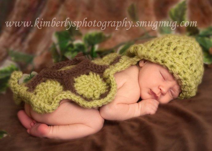 Newborn Baby Turtle Cuddle Cape and Hat Set- Hatchling Turtle- Crochet Turtle