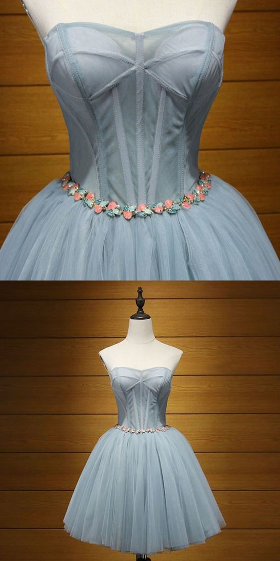 A-Line Sweetheart Lace-Up Grey Tulle Short Homecoming Dress with Appliques