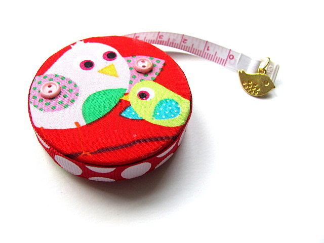 Tape Measure Birds on Red Retractable Measuring Tape