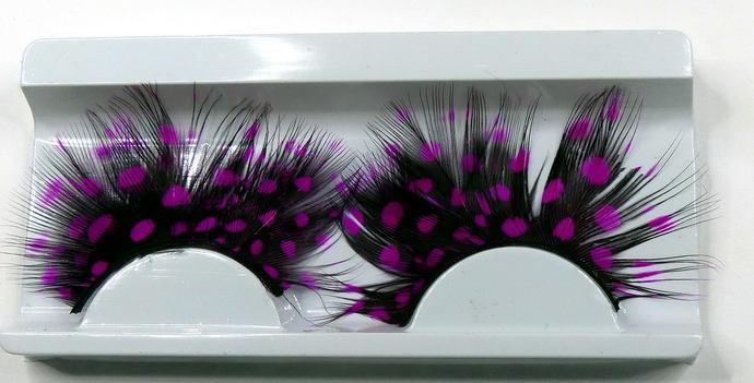 Bold Feather Eyelashes      8 Gorgeous Colours        Uses: Teddy Bear,