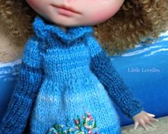 155f95098 Blythe or Pullip Doll - OOAK - FRILL NECK Knitted Dress or Jumper -  Knitting Pattern