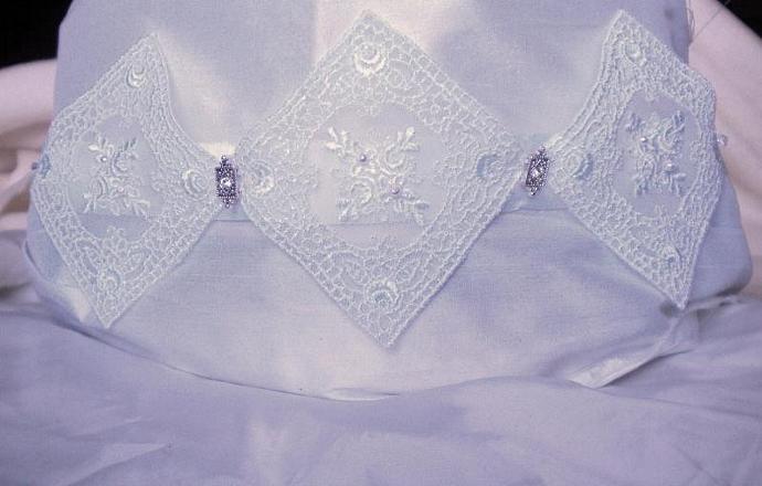 Snow white lace n rhinestone sash