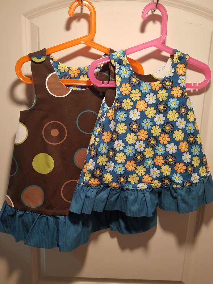 Reversible Sundress, Jumpers, pinafore, dress brown twill with circles and daisy
