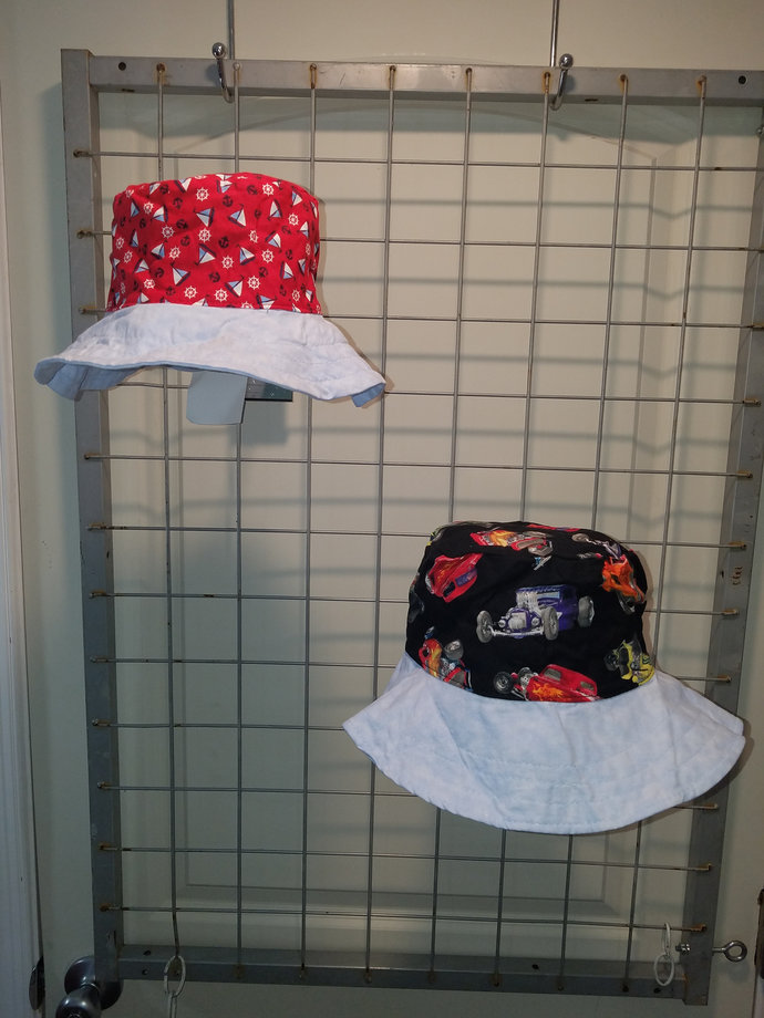 Reversible bucket hats sizes 15 to 20 inches hot rod cars