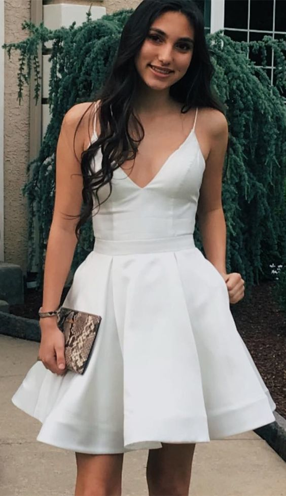 A-Line Spaghetti Straps Above-Knee White Homecoming Dress with Pockets