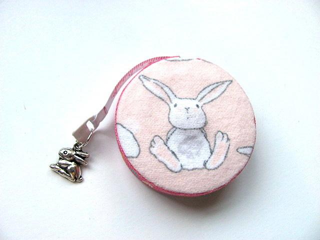 Retractable Tape Measure White Bunny Rabbits Measuring Tape