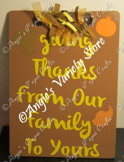 Giving Thanks Hanging Clipboard Decoration